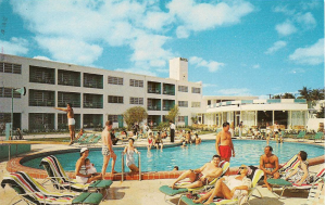 Postcard shows Venetian Isle Motel at 20 Venetian Way.