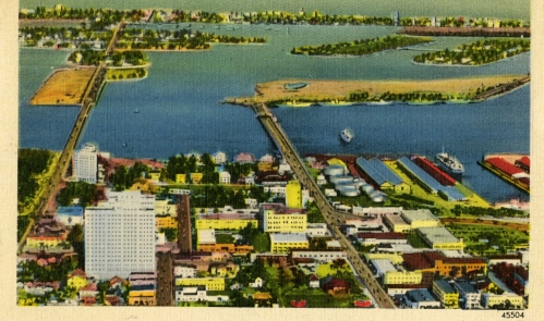 This postcard shows residences and a hotel on The Herald property